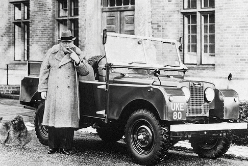 Winston Churchill next to his Series I Land Rover