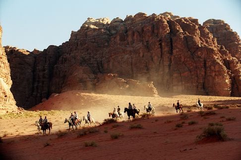 Horseback_Riding_in_Wadi_Rum